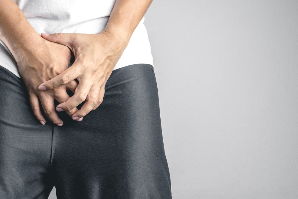 felálló állapotban a pénisz lehajlik