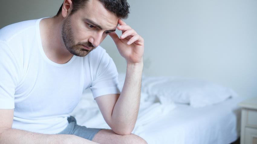hogyan befolyásolja az alváshiány az erekciót)