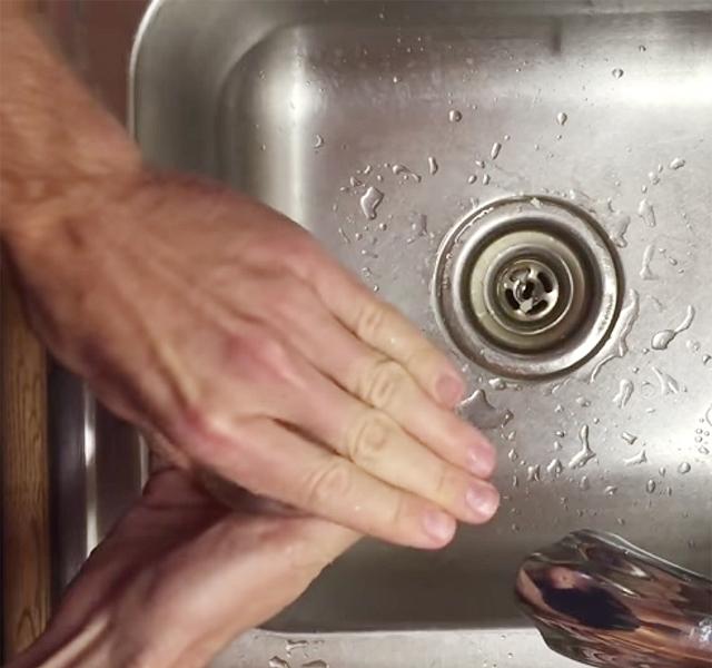 hideg víz a péniszhez)
