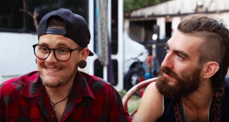 Férfi pénisz keményedése és puhulása videóra véve - Gay Szex Videók és Gay Szex Képek