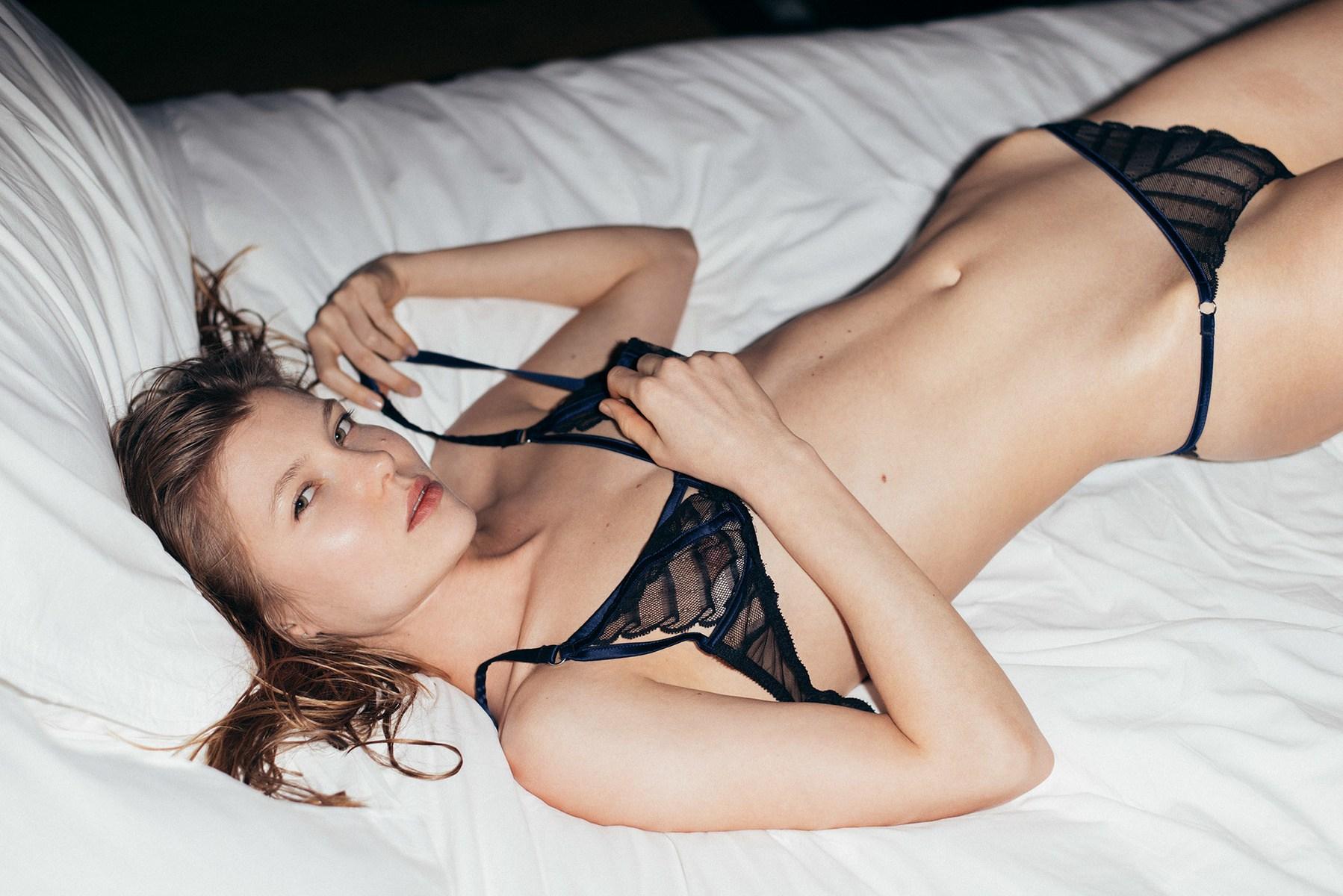 hogyan lehet péniszet csinálni a barátnődnek