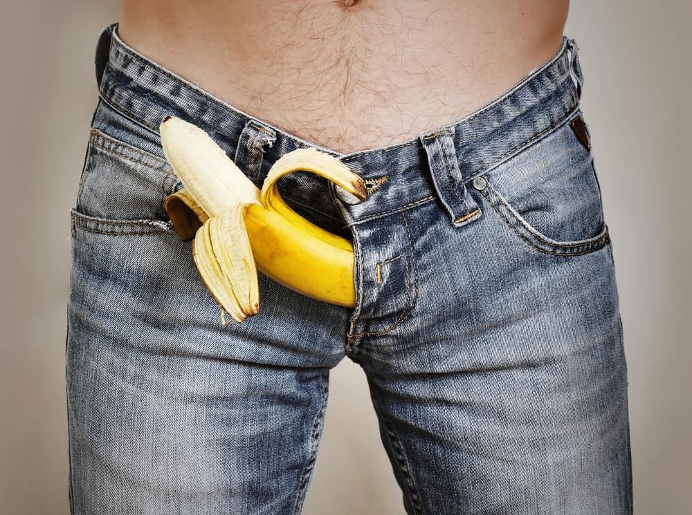 pénisz erekcióval és anélkül