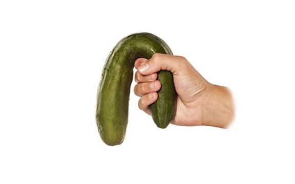 puha erekciójú pénisz)