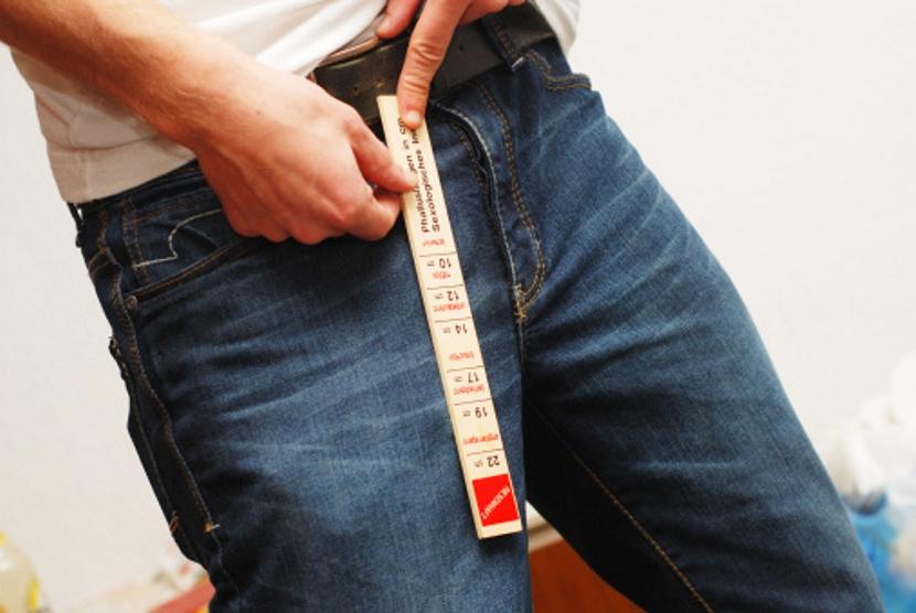 Ismét számít a méret: vonzóbbak a hosszabb péniszű férfiak