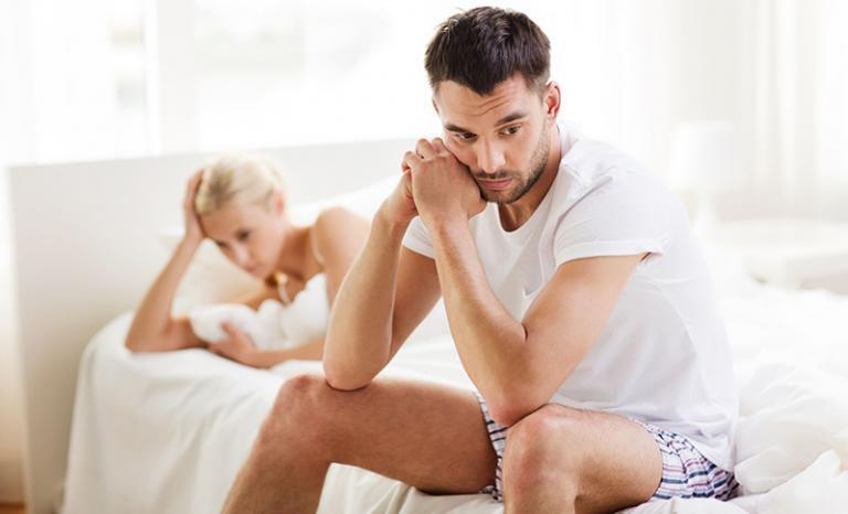 a pénisz csökkent az erekcióval
